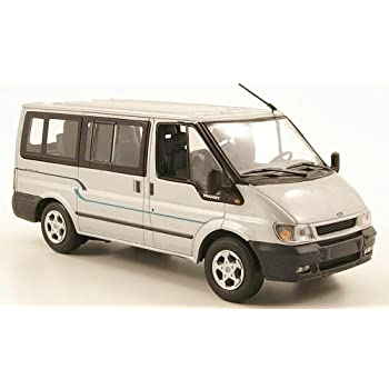 1//43 Minichamps Ford Transit Bus silber