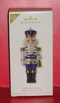 QMP4060 Noble Nutcracker 2012 Sales Associate Only Ornament Special Edition Hallmark Keepsake Ornament
