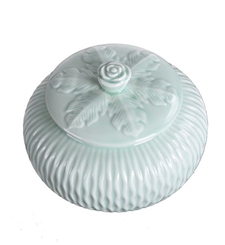 JKCOM Tea Canister Handmade Ceramic Caddy Decorative Pattern Chinese Celadon Jar (1)
