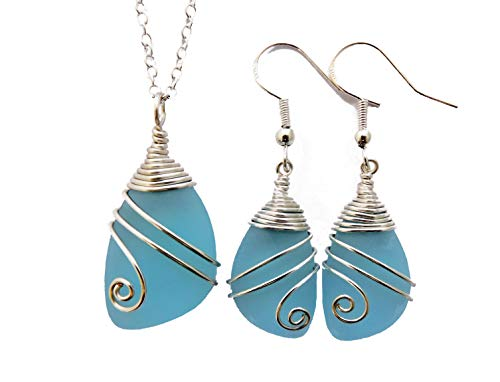 Stunning Aqua Sea Glass and Turquoise Neckalce set a refreshing Summer Tone with White Pearl and Shades of Caribbean Blue