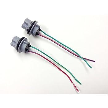 41IY57s652L._SL500_AC_SS350_ amazon com 2x 3156 4156 bulb socket brake turn signal light  at alyssarenee.co