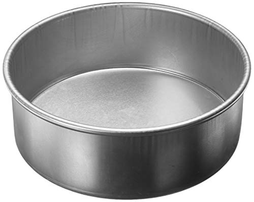 Parrish's Magic Line Round Cake Pan, 8 by 3-Inch Deep ()