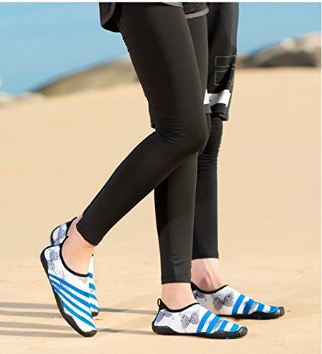 Zapatos De Agua Mutifunctional Descalzo Secado Rápido Hombres Mujeres Aqua Calcetines De Surf Natación Slip-on Zapatos Ligeros Para Caminar Mariposa Azul