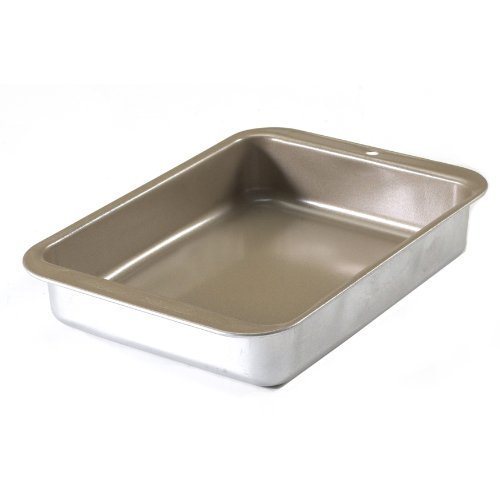 Nordic Ware Compact Ovenware Casserole Pan, 1.5-Quart by Toaster Ovenware