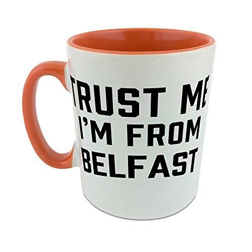 Trust Me I Am de Belfast taza con naranja perchero de pared de interior