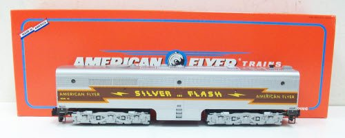 American Flyer 48128 Silver Flash Alco PB-1 Non-Powered Diesel B-Unit S Gauge Non Powered Locomotive