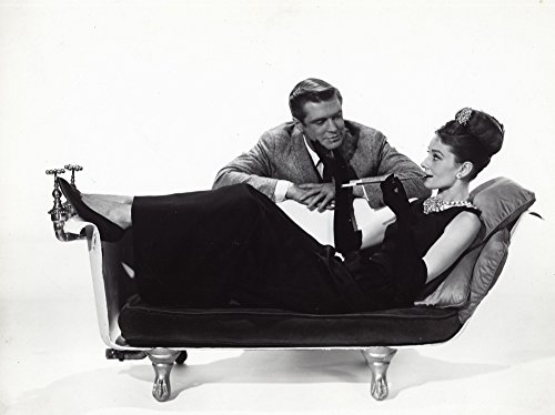 Posterazzi Poster Print Collection a Publicity Still of Audrey Hepburn and George Peppard in Breakfast At Tiffanys Photo, (10 x 8), Multicolored
