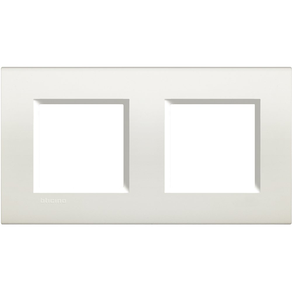 Legrand lna4802  m2bi Assiette carré e Living Light, 2  x 2  modules blanc 2 x 2 modules blanc LNA4802M2BI