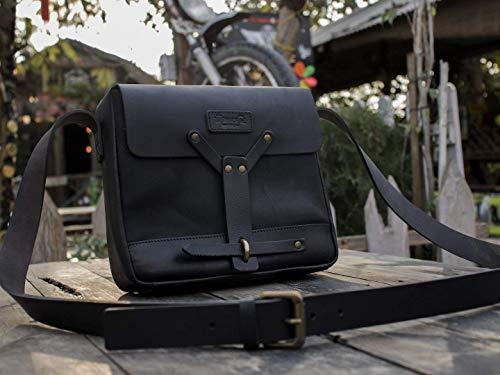 Leather Vintage Messenger Bag/Satchel - Black ()