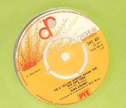BING CROSBY - TIE A YELLOW RIBBON - 7 inch vinyl / 45 ()