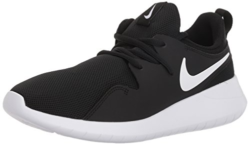 Nike Boys' Tessen (GS) Running Shoe,  Black White, 4Y Youth US Big Kid