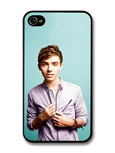 Nathan Sykes Portrait Blue Background The Wanted coque pour iPhone 4 4S