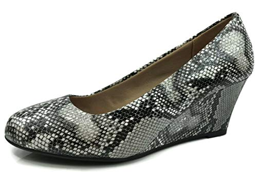 Forever Womens Round Toe Snake Print Wedge Pumps, Snake, 5.5 ()