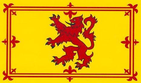 Rampant Lion Royal Flag of Scotland: Amazon.co.uk: Sports & Outdoors
