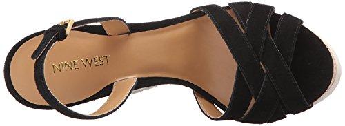 Nine West Kindeyes sandalia de la cuña del ante Black Suede