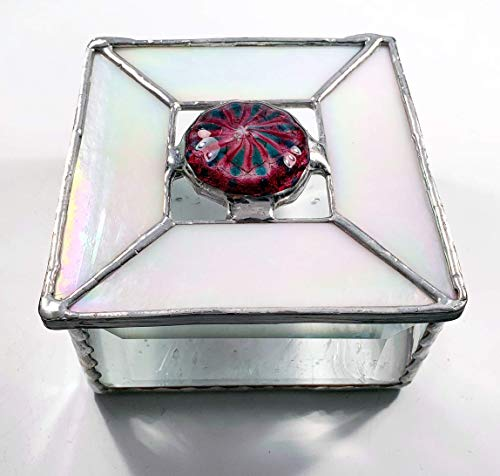 White Iridised Glass surrounds a Large Fuchsia, Pink, Turquoise and Clear Glass Rondel ()