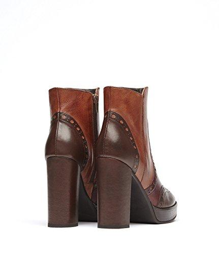 PoiLei Agata - Damen-Schuhe / Budapester High-Heel Stiefelette aus Echt-Leder - Ankle-Boot mit Block-Absatz im Seventees-Style - braun