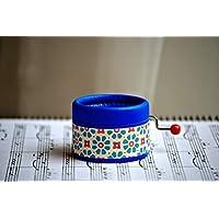 Caja de música manual azul brillante con la melodía Clair de Lune de Debussy