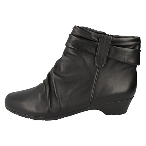 CLARKS Clarks Womens Ankle Boot Matron Ella Black Leather 5.0 EE