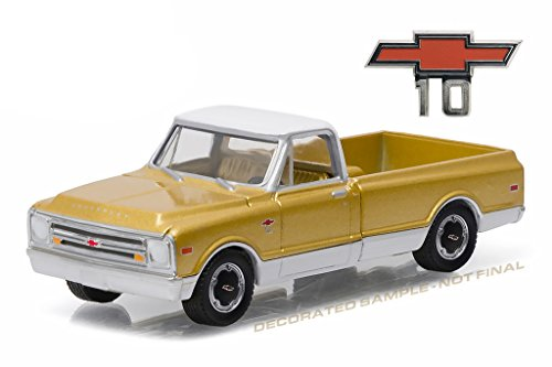 1968 Chevrolet C-10 Anniversary Gold Chevy Trucks 50th Anniversary Collection 1/64 by Greenlight 27850 A - 1968 Body