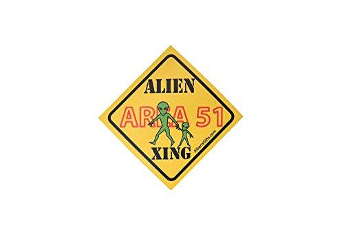 Magnet Area 51 Alien Xing 4