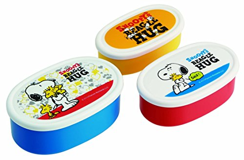 """Skater Peanuts """"Snoopys Beagle Hug"""" Food Containers, Set of 3"""