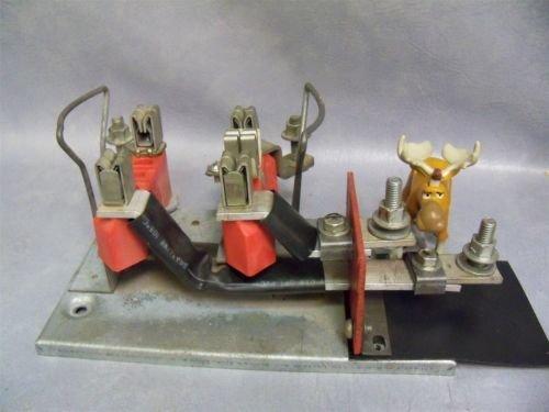 Milbanks 200 Amp Meter Base Side Lug Guts Only