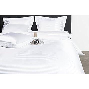 Nightlife - Bettwäsche / Bettbezüge Satin Stripe White - Weiß - 135x200 - Mit 1 Kissenbezug 80x80 Ambianzz Bedding