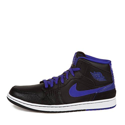 Image of NIKE Men's Court Borough Low Basketball Shoe