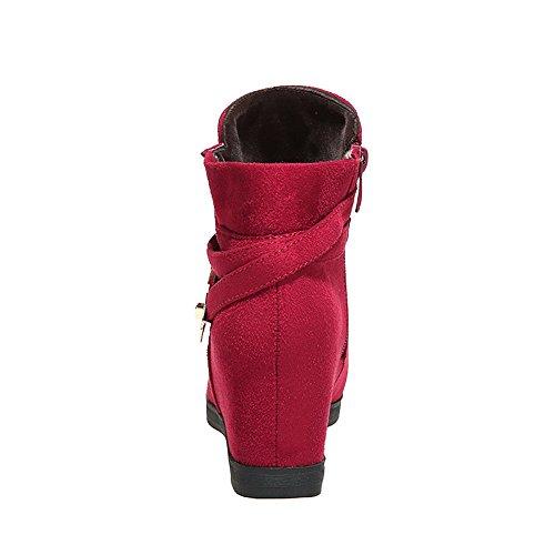 AllhqFashion Mujeres Sólido Cuña Puntera Redonda Cremallera Botas con Ornamento Metal Rojo