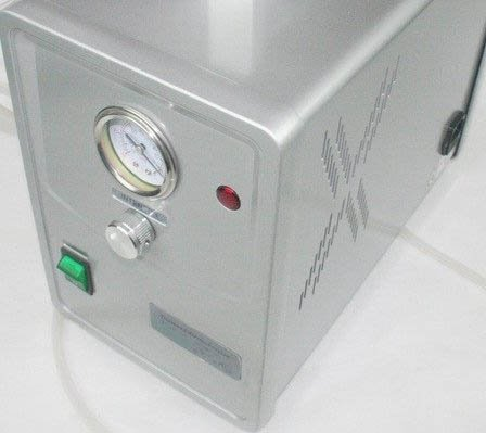Professional Vacuum Pump w/ Gauge by Powerpress Vacuum Pump