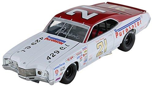- Lionel Racing David Pearson #21 Purolator 1971 Mercury Cyclone 1:24th Scale HOTO Diecast Car
