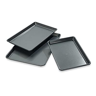 Chicago MetallicTM Professional Jelly Roll Pans with Armor-Glide Coating (Set of 3)