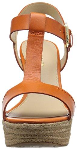 Marc Fisher de la mujer harlei sandalias de plataforma Orange