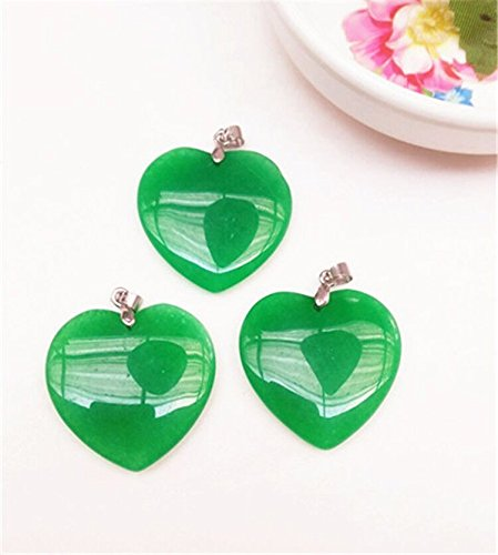 (usongs Malay jade necklace pendant emerald green jade heart-shaped necklace pendant green jade necklace pendant real shot send silver-plated)