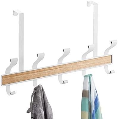 mDesign Perchero de Puerta – 10 Ganchos - Acero Color Blanco y Madera Clara - Práctico Colgador de Ropa para Entrada o baño – Perchero sin Taladro, ...