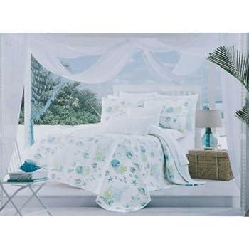 Amazon Com Cynthia Rowley Bedding King Quilt Set Starfish