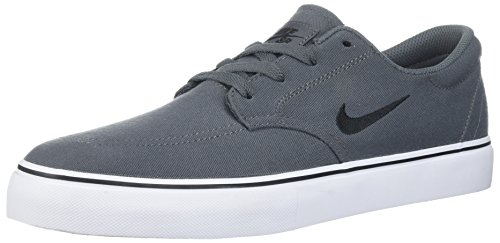 Nike Men's SB Clutch Skate Shoe, Dark Grey/Black/White/Gum Light Brown, 9.5 D US ()