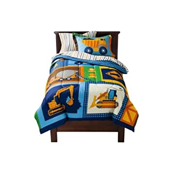 Amazon.com: Circo Build It Bedding Set Bed In A Bag Comforter And Sheets  TWIN: Home U0026 Kitchen