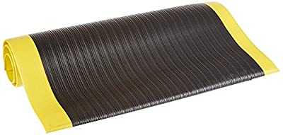 "Bertech Anti Fatigue Vinyl Foam Floor Mat, 3/8"" Thick, Ribbed Pattern, Bevelled on All Four Sides (Made in The USA)"