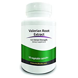 Real Herbs Valerian Root Extract - Derived from 3,500mg of Valerian with 5 : 1 Extract Strength - Natural Sleep Aid, Promotes Calmness and Peace of Mind, Soothes Muscle Pain – 50 Vegetarian Capsules