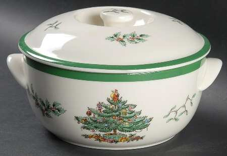 Spode Christmas Tree-Green Trim 1 Qt Round Covered Casserole, Fine China Dinnerware ()