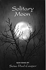 Solitary Moon: New Waka Paperback