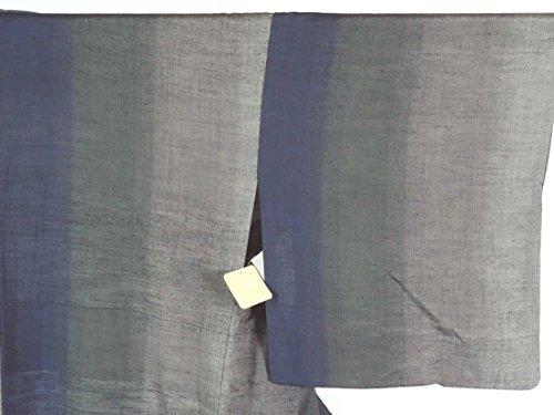 リサイクル紬 / 正絹グレー地先染ぼかし単衣紬着物 / レディース【裄Mサイズ】(中古紬着物 中古つむぎ リサイクル 紬 リサイクル着物 )【ランクC】