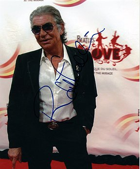 roberto-cavalli-8x10-fashion-designer-photo-signed-in-person