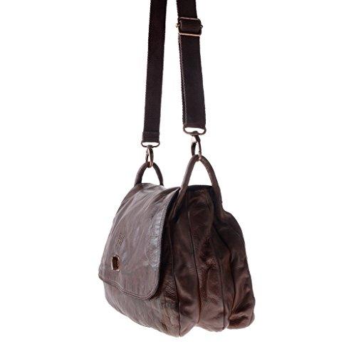 Große Umhängetasche aus gewaschenem Leder nach Fertigstellung eingefärbt mit Überschlag der Marke DUDU Cocoa Brown