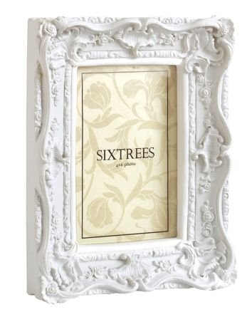 Shabby Chic Style Very Ornate White Photo Frame for a 6\