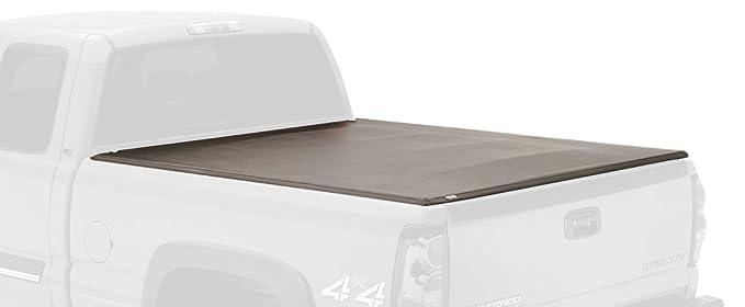 3. Lund 95072 Genesis Tri-Fold Truck Bed Tonneau Cover