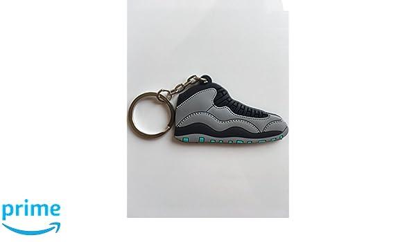 490da229f37357 Amazon.com   Jordan Retro 10 Lady Of Liberty Sneaker Keychain Shoes Keyring  AJ 23 OG   Sports   Outdoors