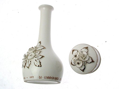 Crown Staffordshire Queen Silver Jubilee Vase & Dish